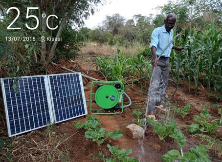 Mzee Mwangi from Kisasi Getting Smart with the FuturePump!