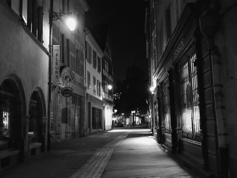 emptystreet BW.jpg