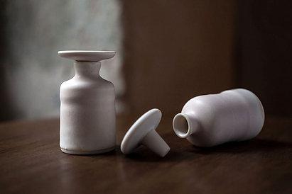 パウダーパフューム II:磁器製小瓶入り