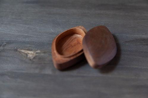 """Antique Japanese """"Kogo"""" Incense Box"""