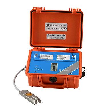 Medidor de nivel y caudal no invasivo Greyline para procesos industriales