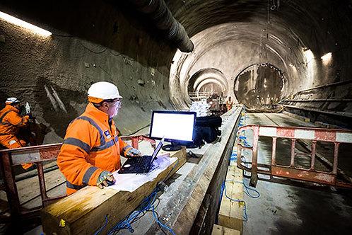 Servicio de monitoreo y análisis de vibraciones por voladuras de construcciones de túneles