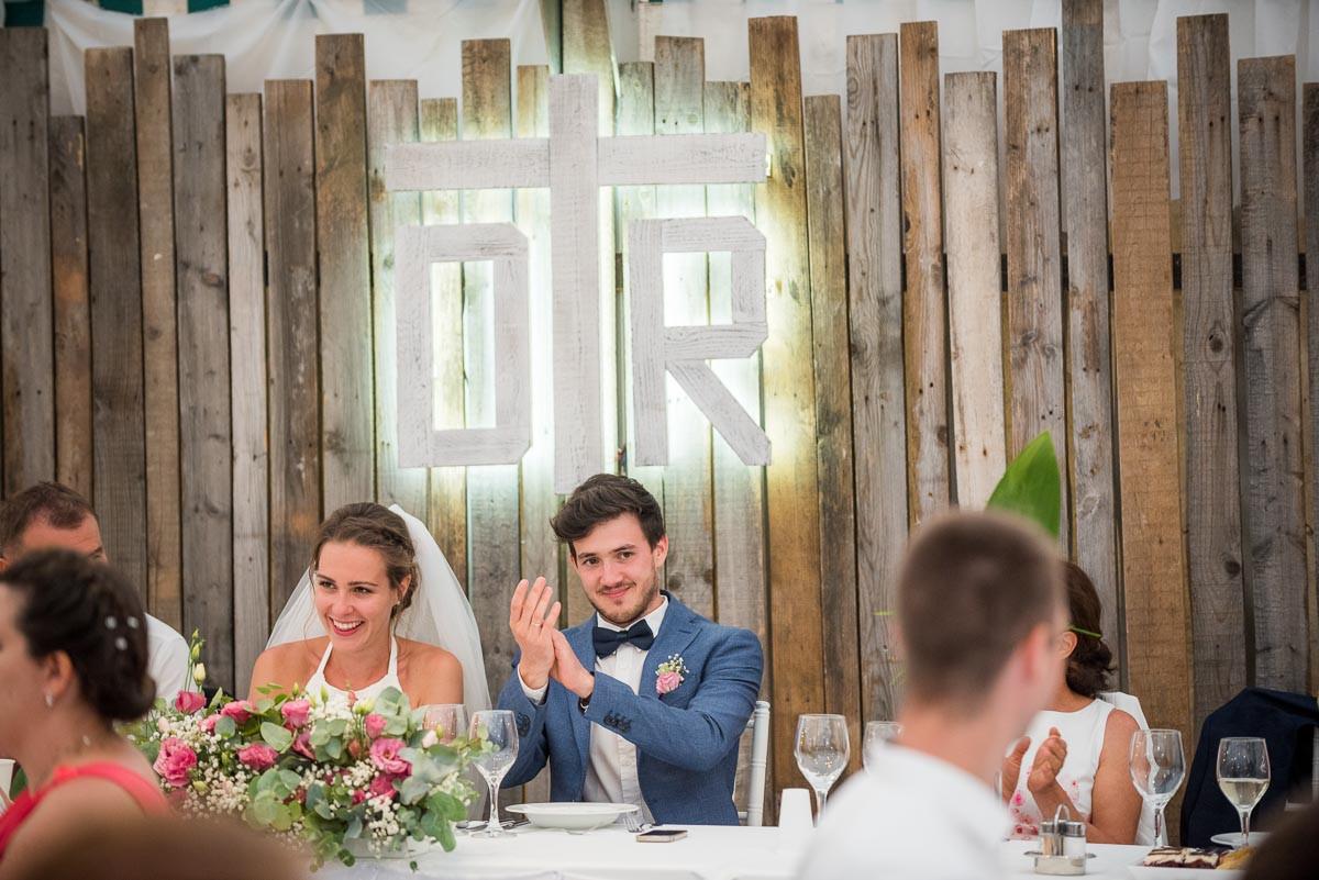 Esküvői főasztal háttér
