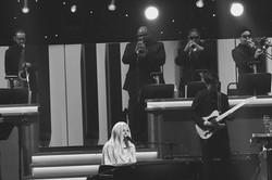 Lady Gaga on the piano