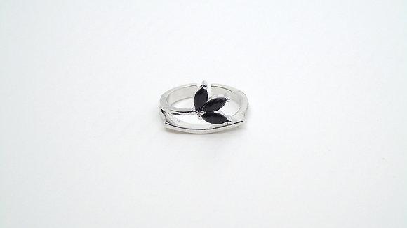 Bague fleur noir