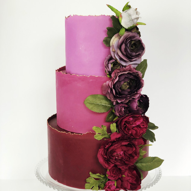 Carolina Inn Event Showcase display cake