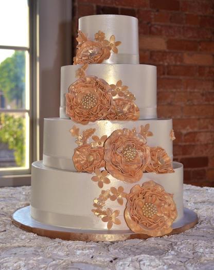 Gold Fantasy Flower Cake