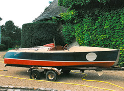 Chris Craft cobra Race boat