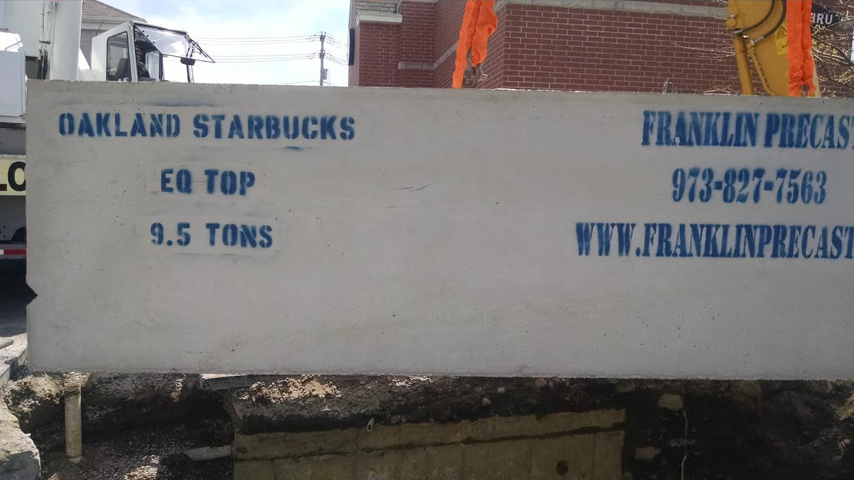 Starbucks4.jpg