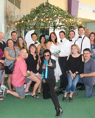 Las Vegas Wedding Chapel, Wedding chapel, get married in las vegas, the little neon chapl, wedding chapel vegas, fremont street wedding chapel, cheap wedding chapel, vegas chapel, free weddings, renewal of vows in las vegas