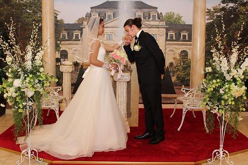 chapel of crystals, chapels in las vegas, wedding chapels in las vegas, best wedding chapel in las vegas, westgate las vegas resort and casino