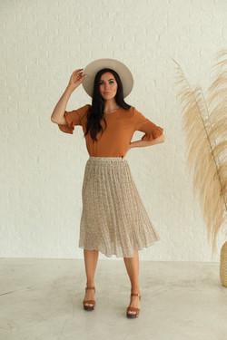 Pleated Midi Skirt in Fall Wheat