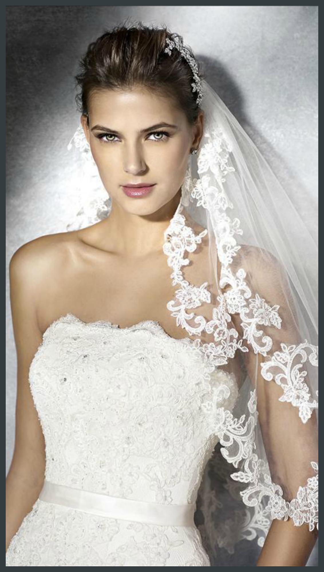 Lace Gown Tamara