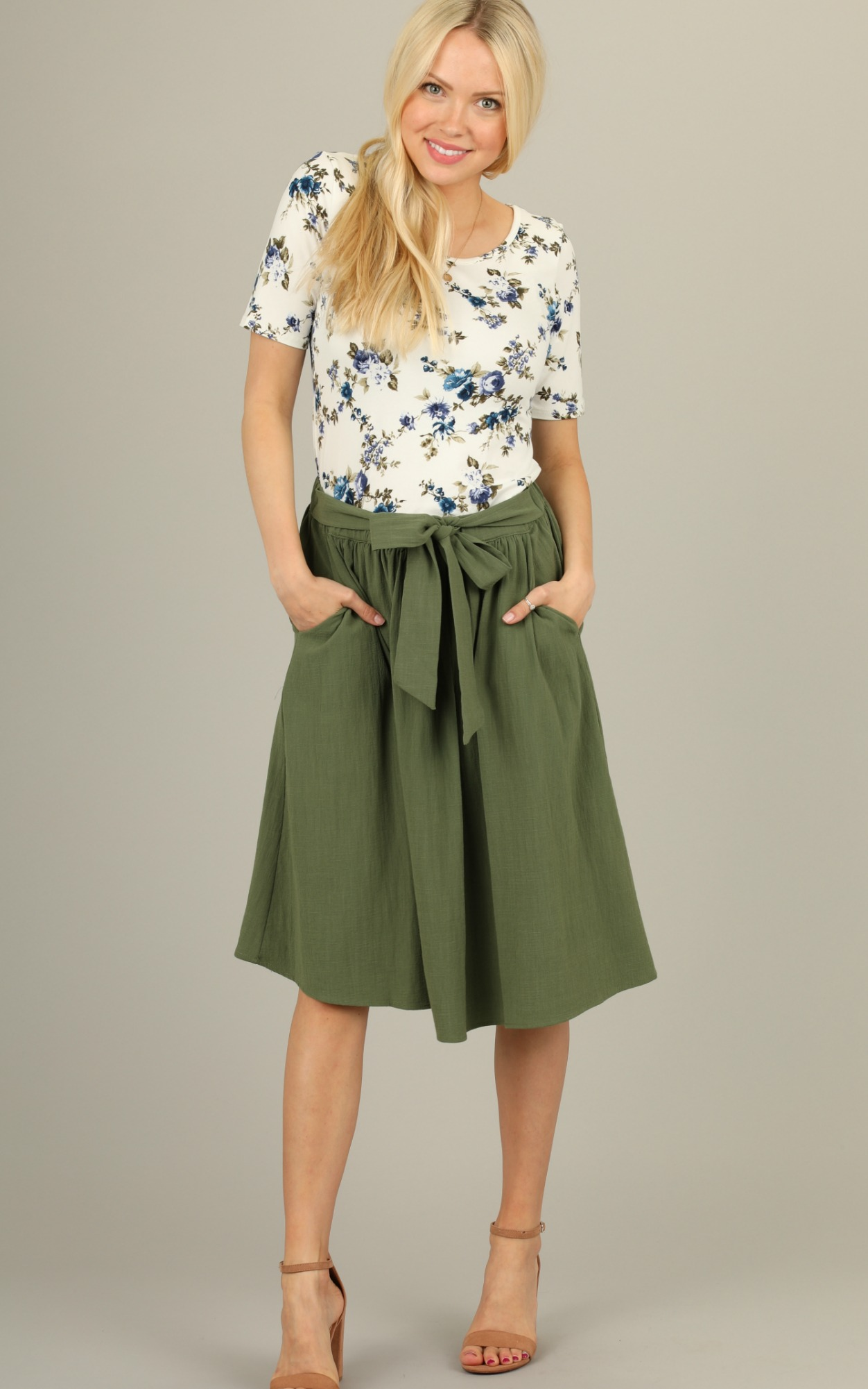 4d37ee225 Modest Women's Skirts and Tops | 69 N Main St | Leven's