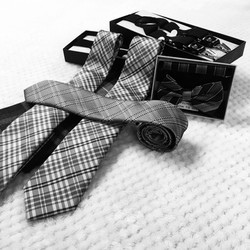 Men's Ties & Accessories