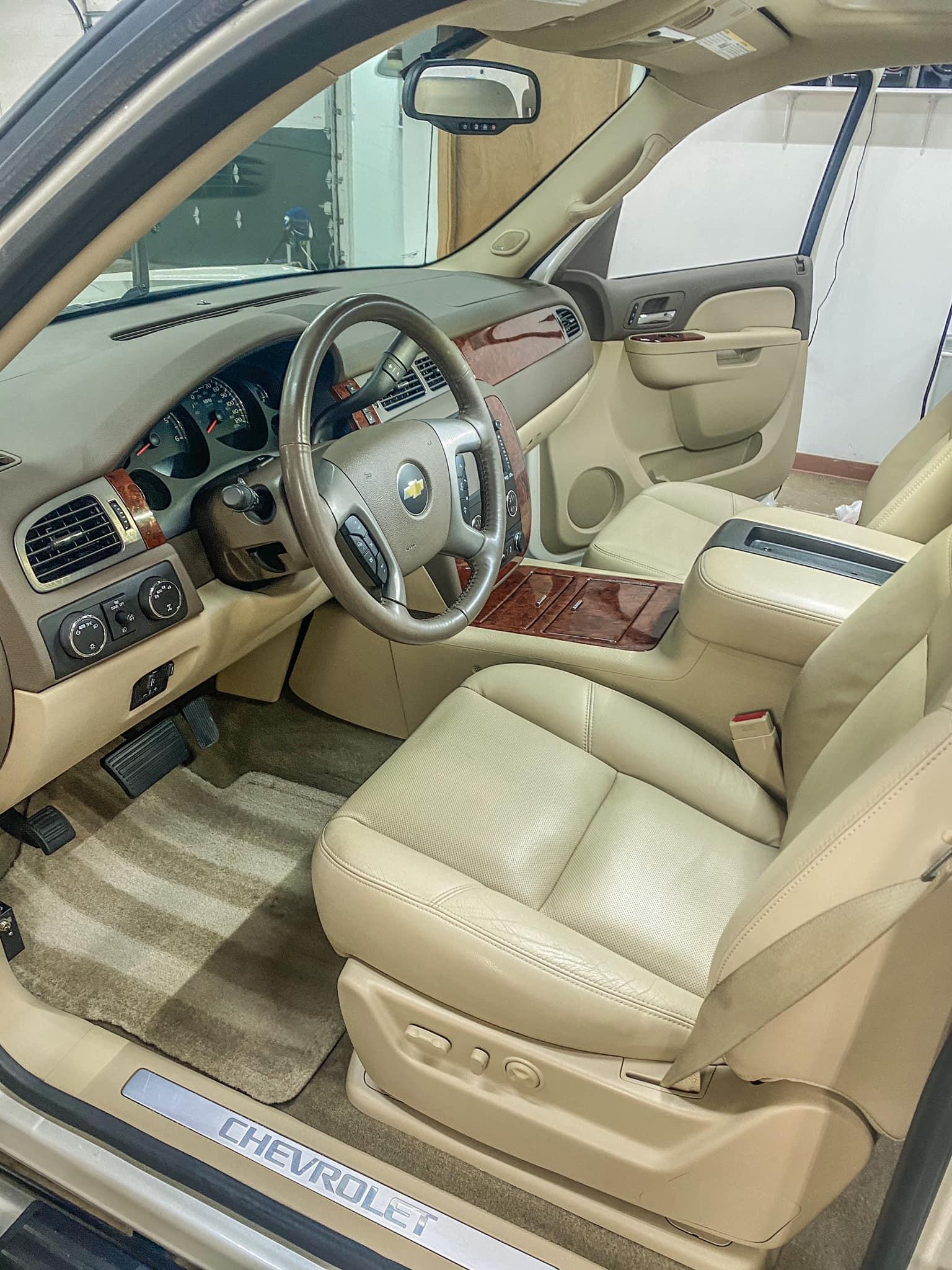 Interior Detail (CAR)