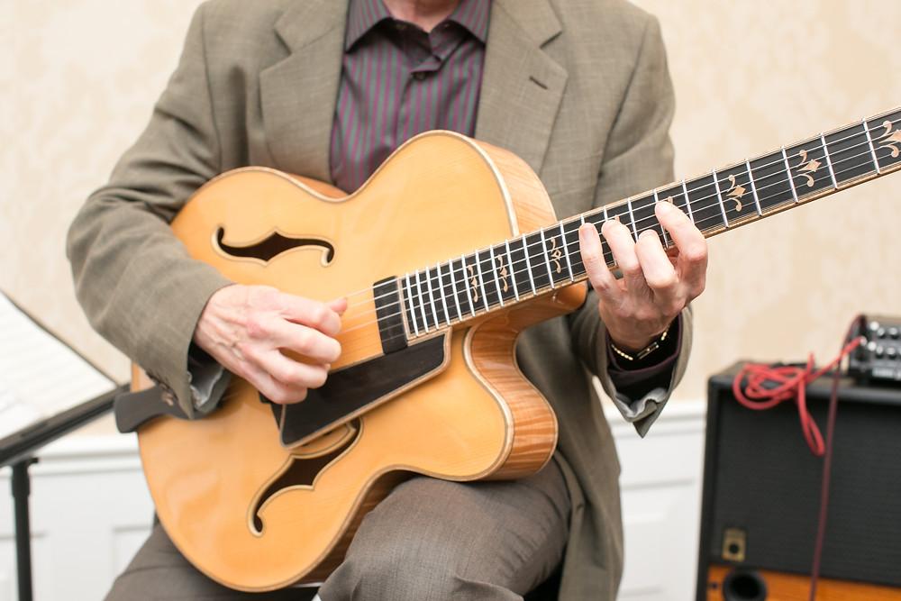 Guitar music at the Belo
