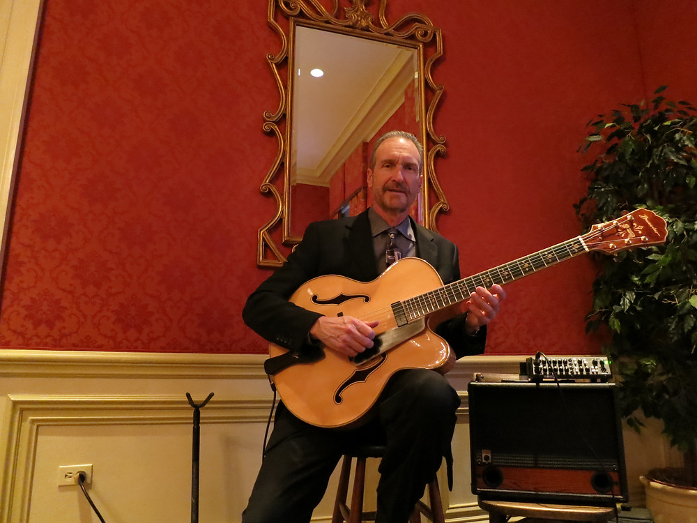 Solo guitar at the fort worth club