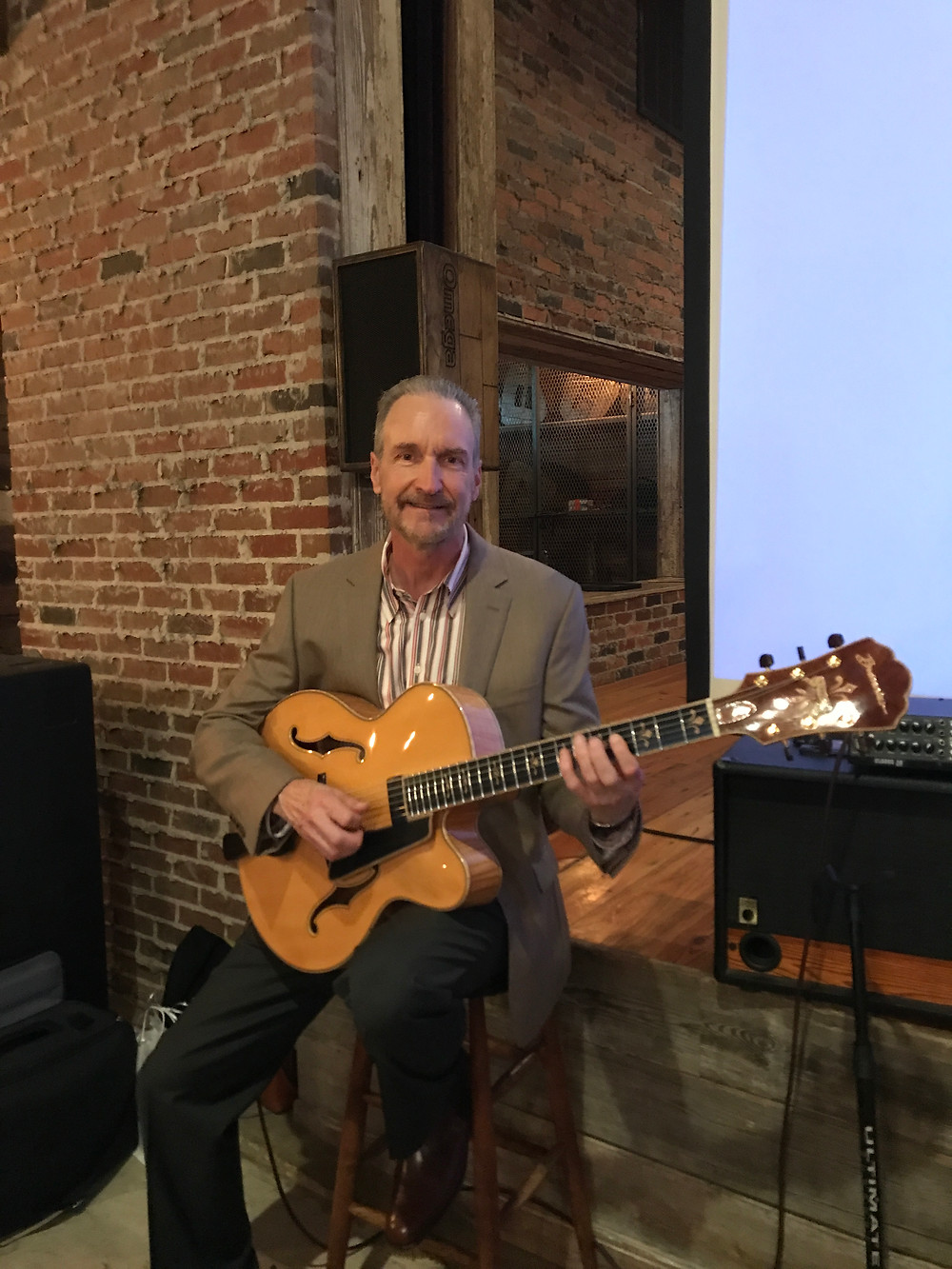 Fort Worth classical guitarist