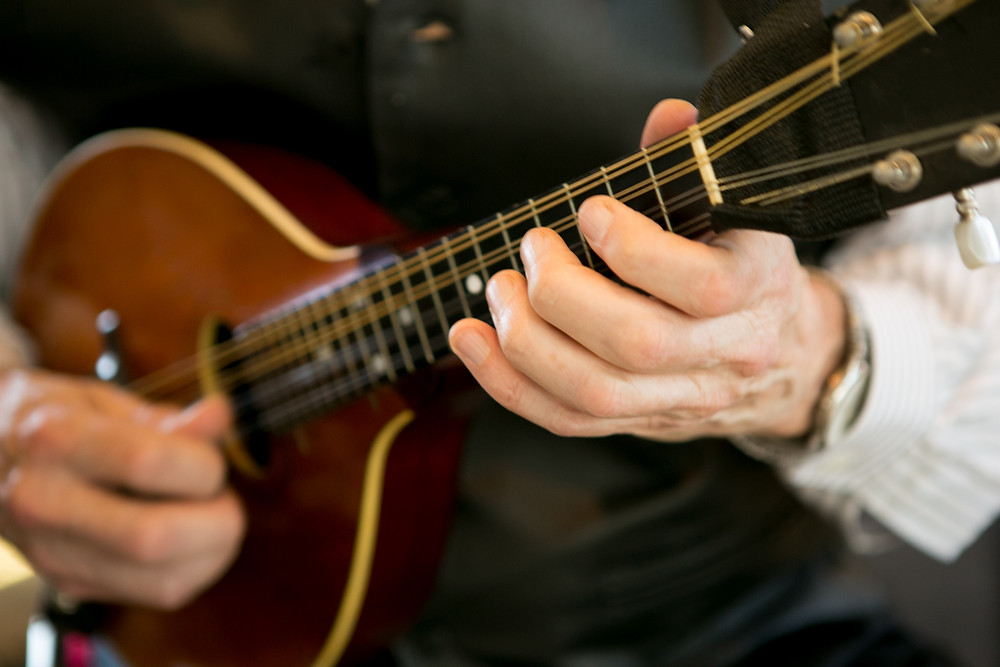 Italian music on mandolin