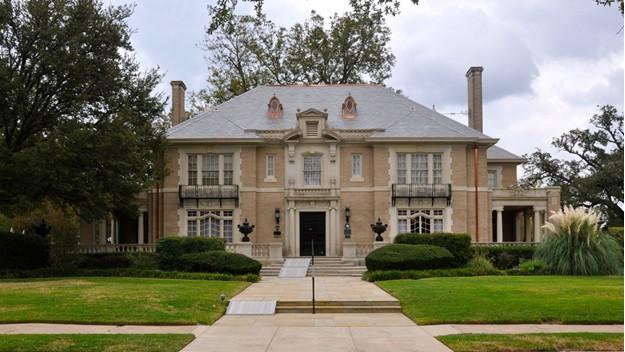 Lovely historic Aldredge House