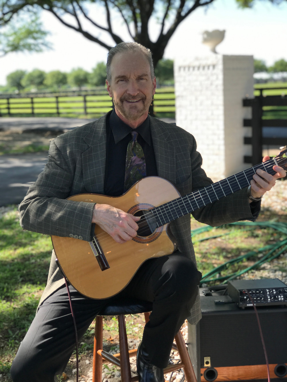Guitar music for Southfork Ranch wedding