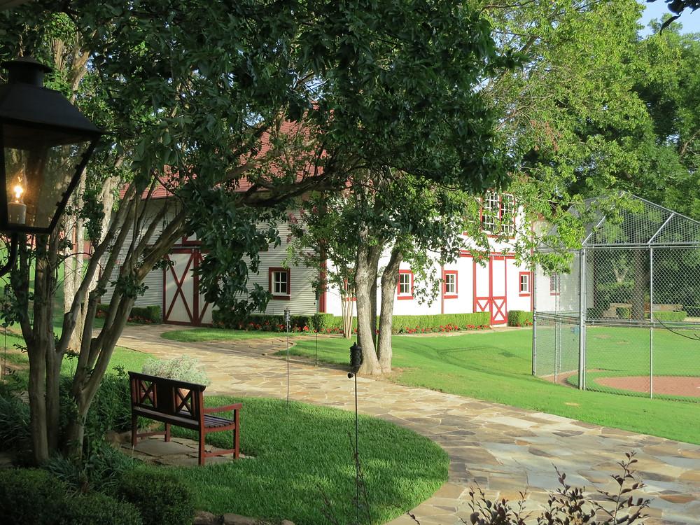 Howell Farms barn