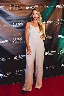 Sofie Holland at the Hollywood Entertainment Party for TIFF 2018