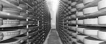 cave-fromage-charmey2-NB-940.jpg
