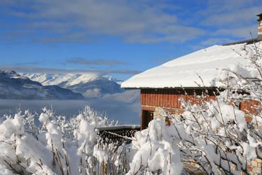 La maison et sa vue extraordinaire en hiver