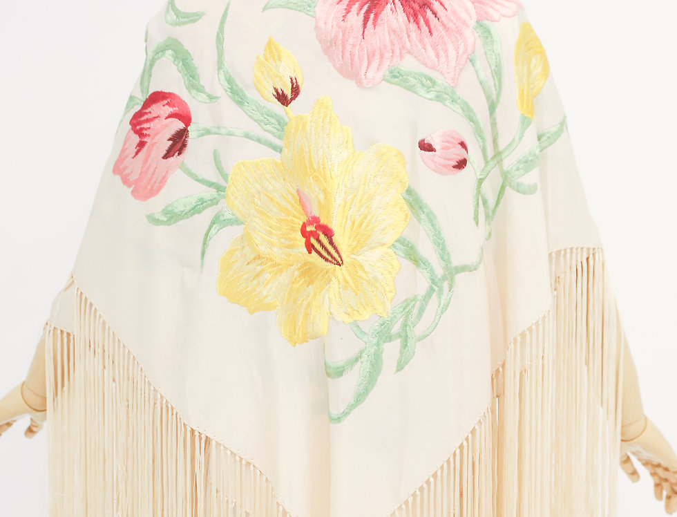 Floral Flapper Embroidered Piano Shawl