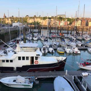 Auch im Hafen von Dieppe waren Ebbe und Flut ein wichtiges Thema