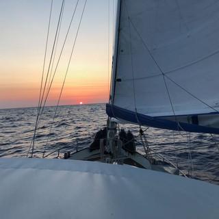 Auf in den Osten, Kurs auf die Bermudas
