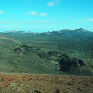 ... und die Weite der Vulkanlandschaft