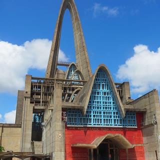 Wallfahrtskirche Nuestra Seniora de la Altagracia (Schutzpatronin der Dom. Rep.) von aussen...