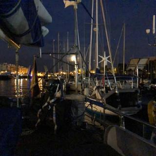 Der Hafen Dünkirchen bei Nacht