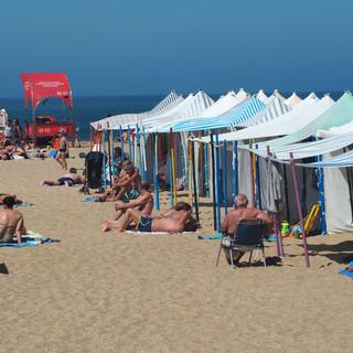 Strandkörbe auf Portugiesisch ...