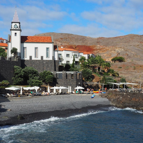 Auch eine kleine Kirche gehörte zu der Siedlung rund um die Marina.