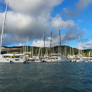 Die ersten Tage lag die WoC in der Marina...