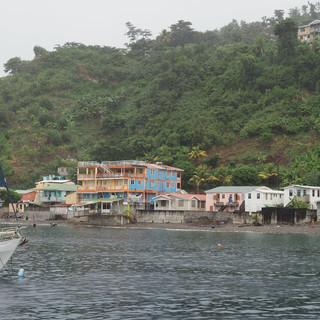 Vor 2 Jahren hat hier Hurrikan Maria unzählige Bäume gefällt und Häuser zerstört, noch ist nicht alles aufgebaut.