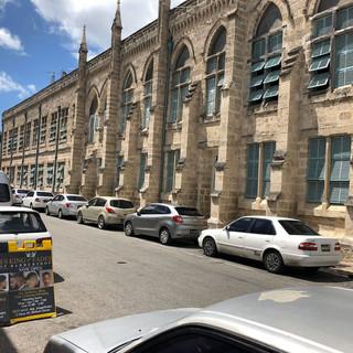 In diesem Haus tagt das Parlament von Barbados.