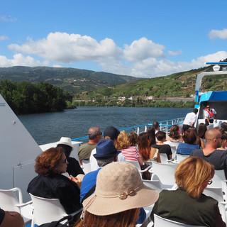 Mit dem Touristenschiff zurück nach Porto
