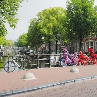 Fahrräder prägen das Bild von Amsterdam...