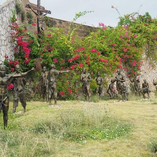 Skulpturen von Sklaven beim Plaza Espana