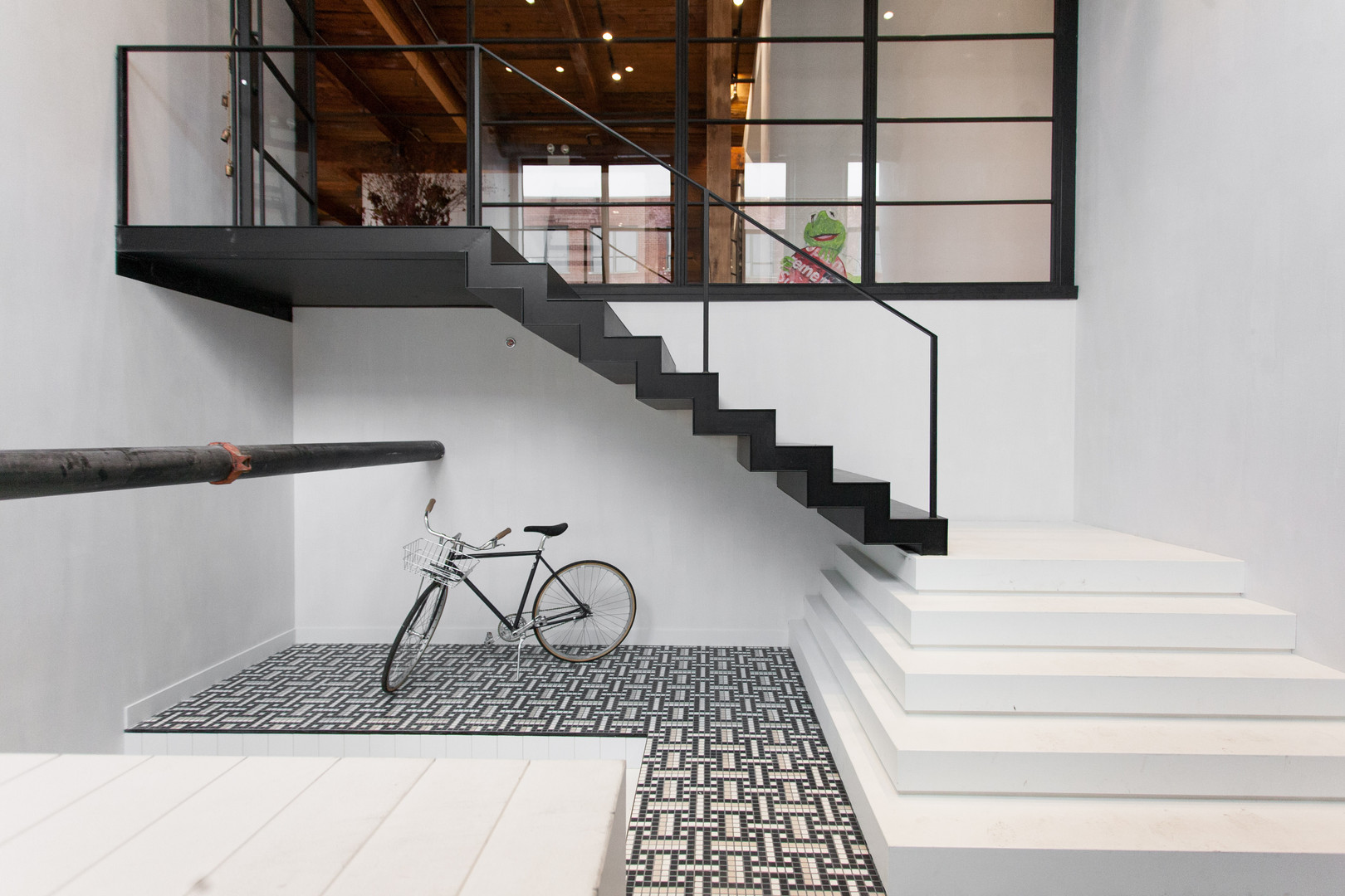 floating steel staircase