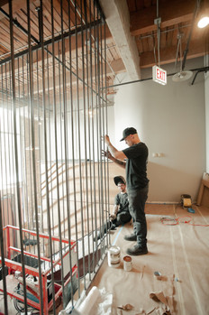 Floor to Ceiling Steel Railing System for Lobby