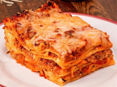 Authentic Homemade Italian Lasagna Lasagne pork 400gr