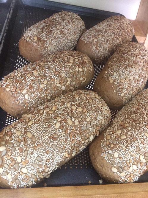Ölsaatenbrot Oilseed Bread malzig kräftig mit Roggen 2 Stück