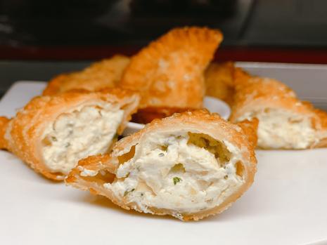 Empanadillas de Queso y Alcachofa