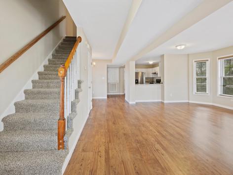 Empty Foreclosures Need Photos